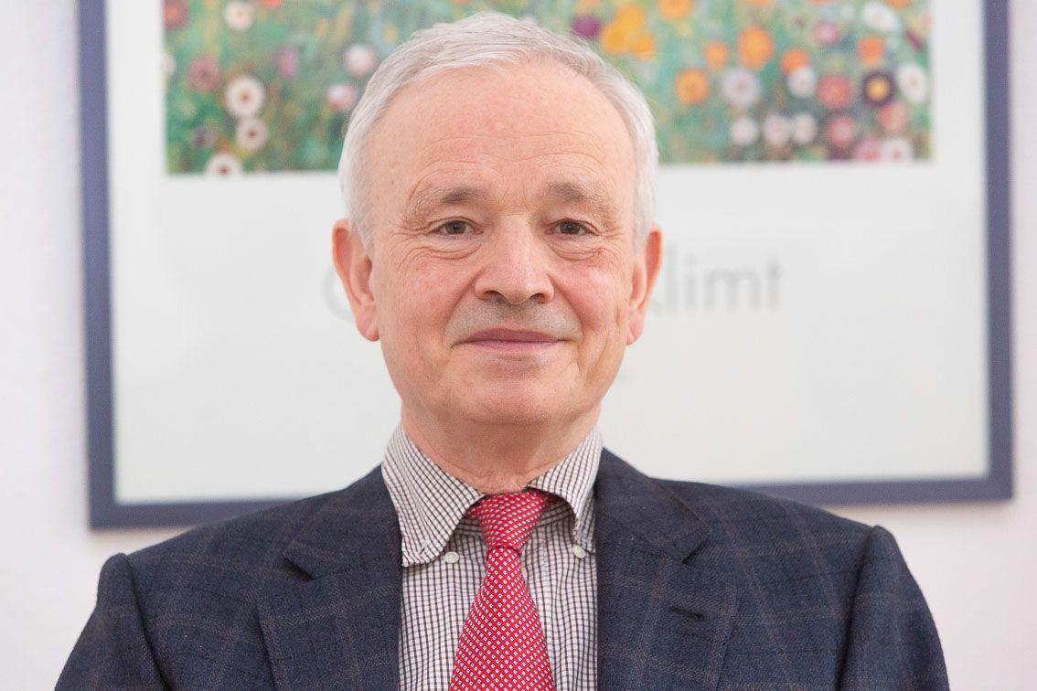 Dr. Peter Conzen